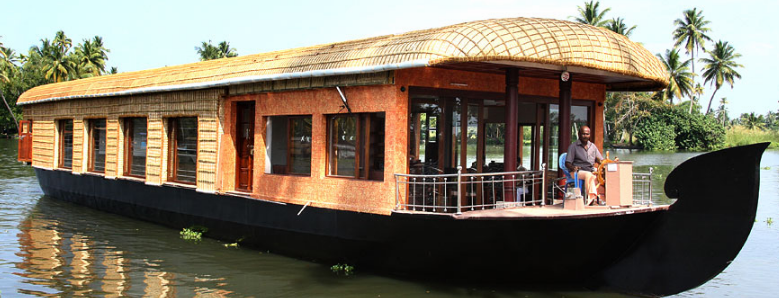 Chunnambar Boat house in Pondicherry