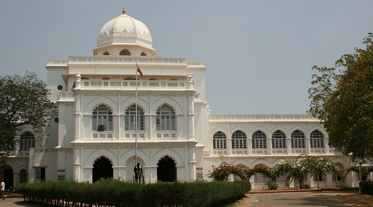 Pondicherry Museum in Pondicherry