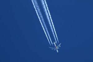 Jet 1902524 1920