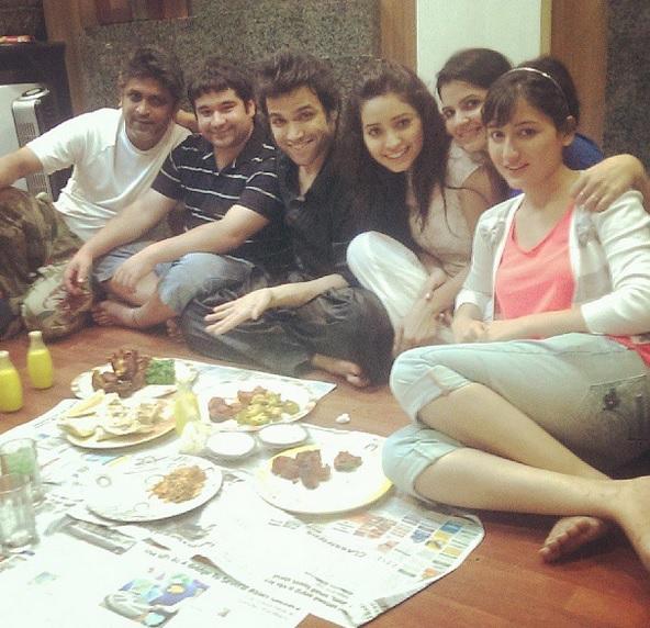 Rithvik Dhanjani And Asha Negi With Friends