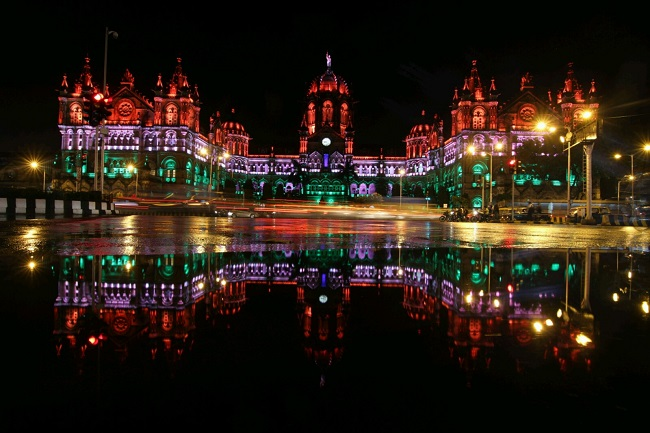 Independence day the cst railway station lit up in the for 15 aug decoration
