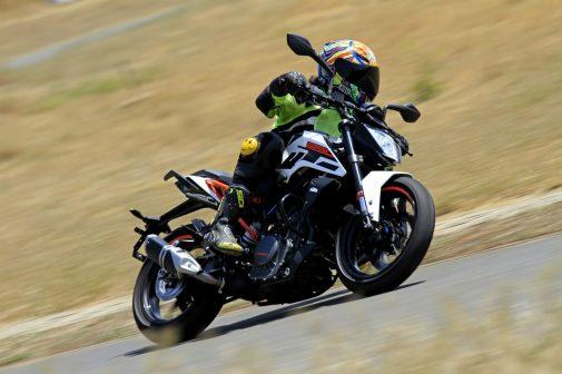 KTM 250 Duke Review