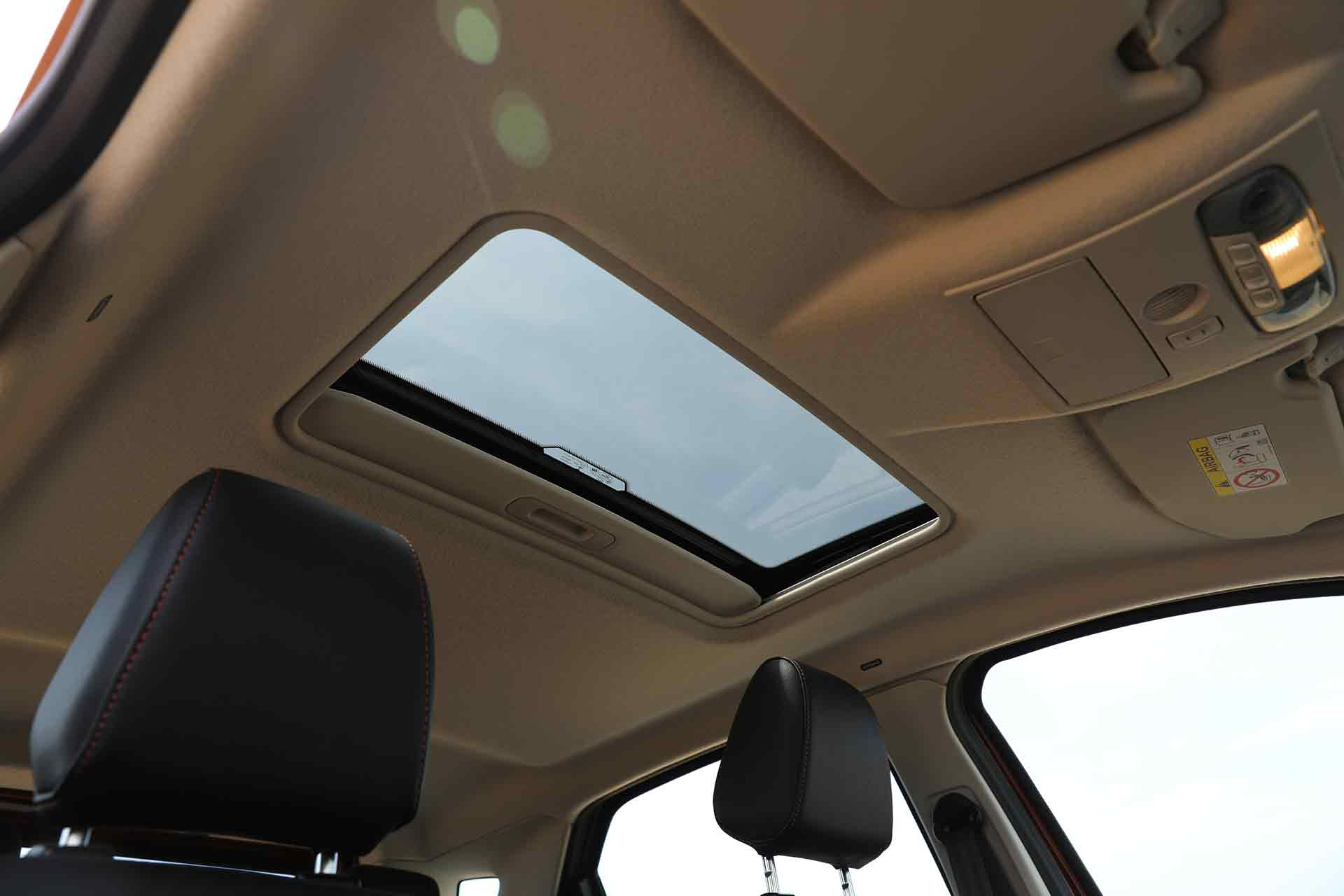 Ford EcoSport S Sunroof