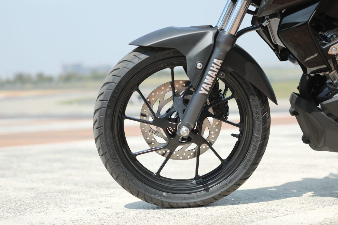 Yamaha MT-15 Review Wheels