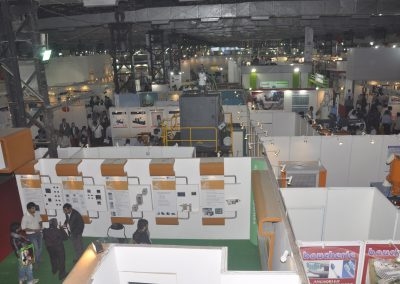 2011-EXHIBITOR-BOOTHS-02