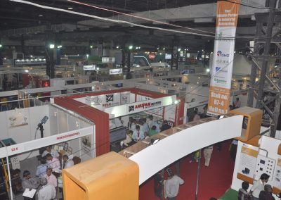 2011-EXHIBITOR-BOOTHS-03