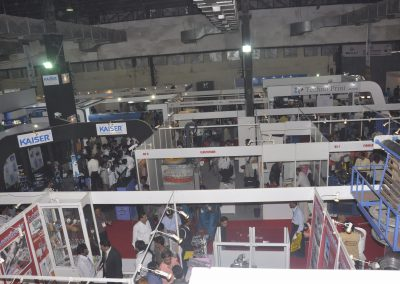 2011-EXHIBITOR-BOOTHS-05