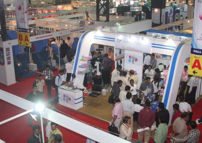 2011-EXHIBITOR-BOOTHS-06