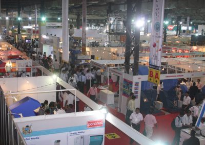 2011-EXHIBITOR-BOOTHS-07