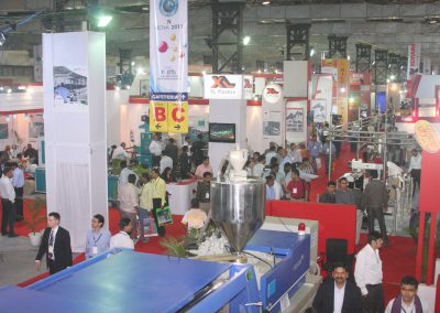 2011-EXHIBITOR-BOOTHS-10