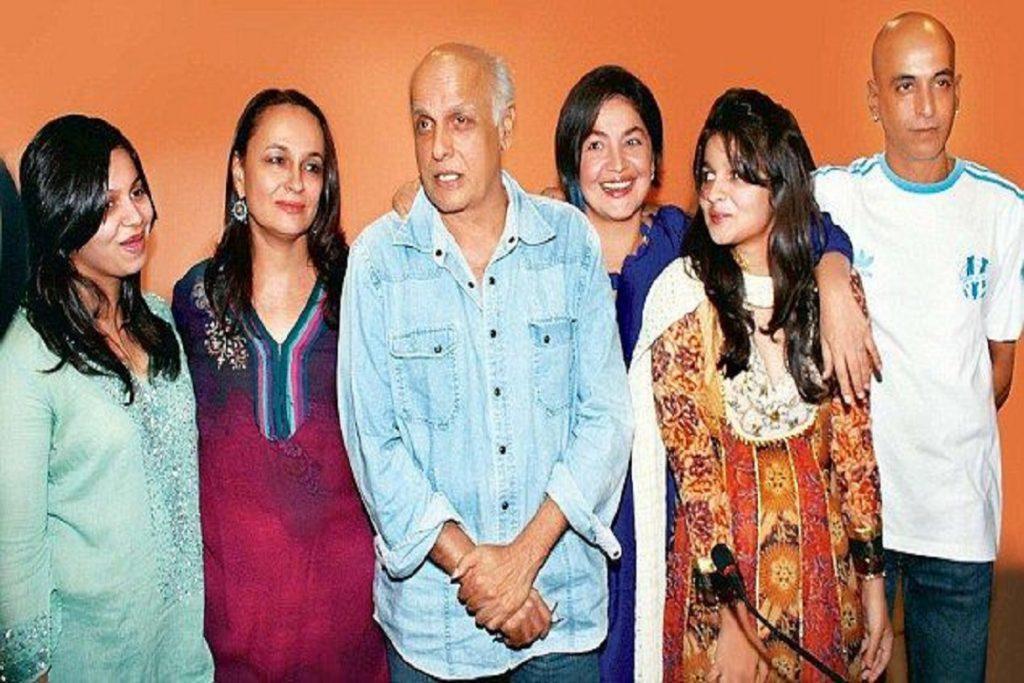 Mahesh Bhatt, Alia Bhatt & Pooja Bhatt