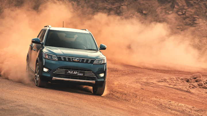 Mahindra XUV300 BS6 Dirsel Prices Image
