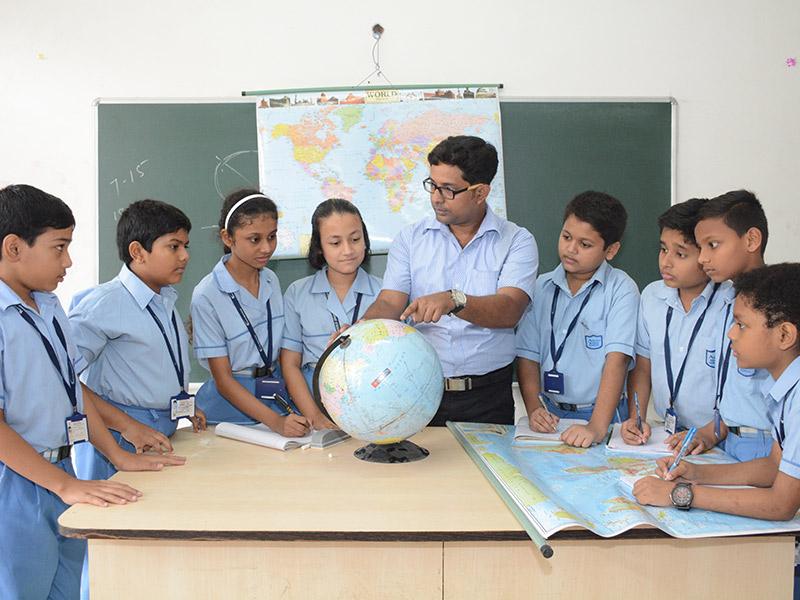 Adamas World School