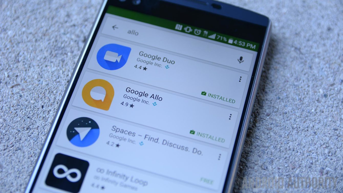 Google's 'Smart Reply' is Coming to Popular Chat Apps
