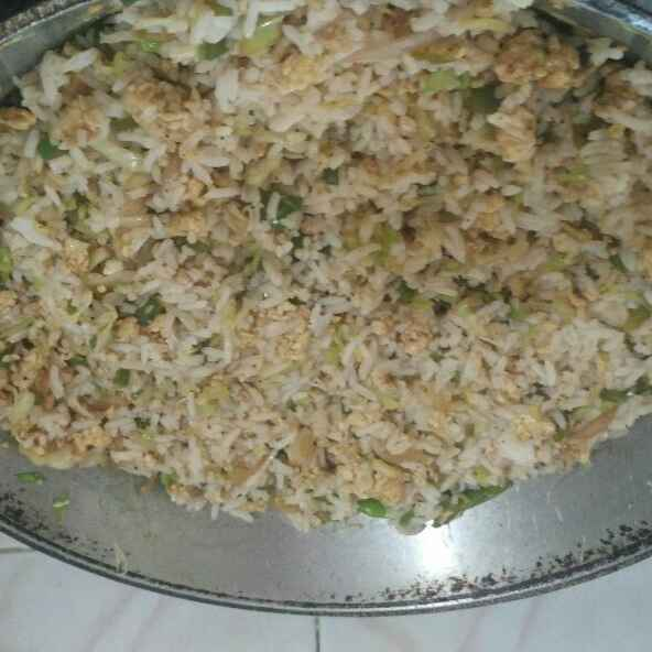 Photo of Quick egg fried rice by ரம்யா ஜெயக்குமார் at BetterButter