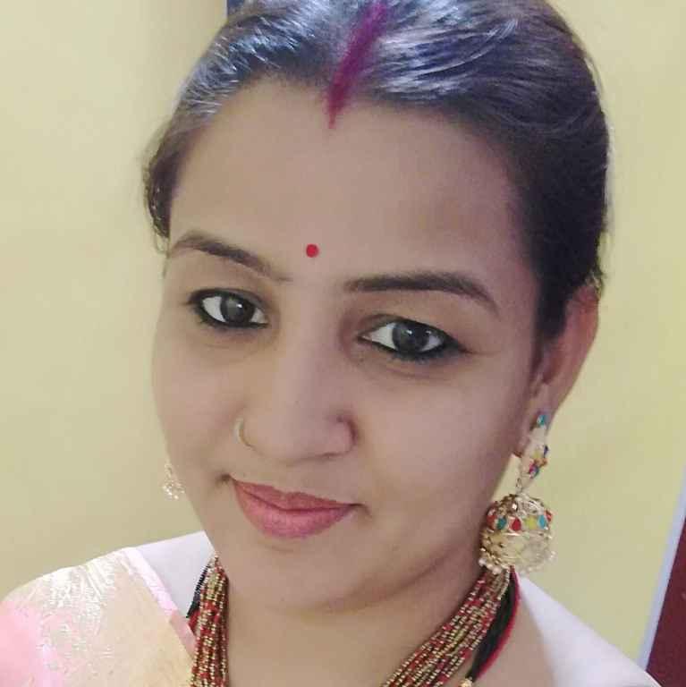 Anamika Bhatt food blogger