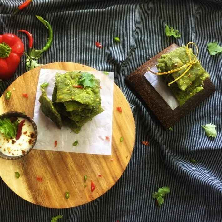 Photo of Desi spinach crackers by Debjani Dutta at BetterButter