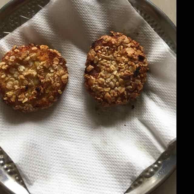 Photo of soya chunks oats cutlet by Dhanalakshmi Sivaramakrishnan at BetterButter