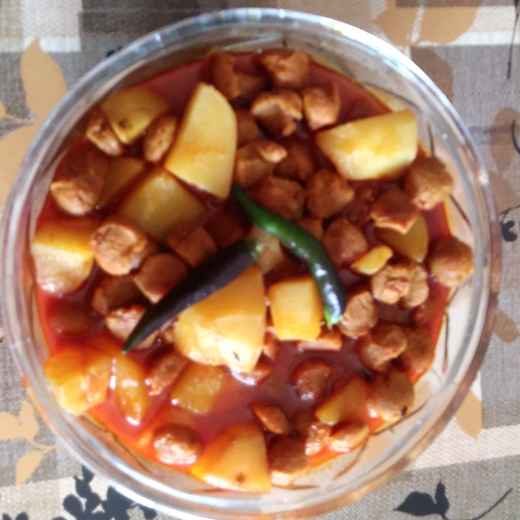 Photo of Soyabin curry by দেবনীতা দাস at BetterButter