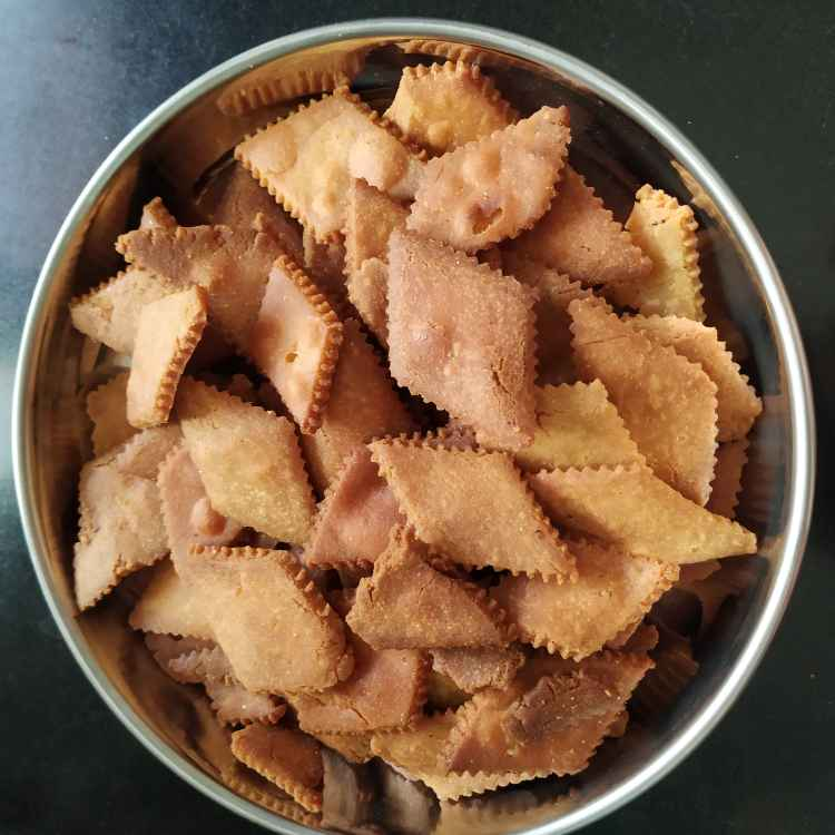 Photo of Gulache shankarpale by जयश्री जोशी at BetterButter