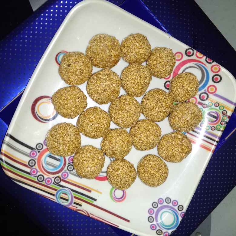 Photo of Seasame laddu. by దూసి గీత at BetterButter