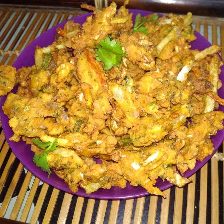 Photo of Mix veg pakode . by దూసి గీత at BetterButter