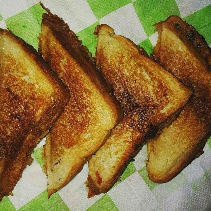 Photo of Bachi hui subzi ka sandwich by Abhilasha Gupta at BetterButter