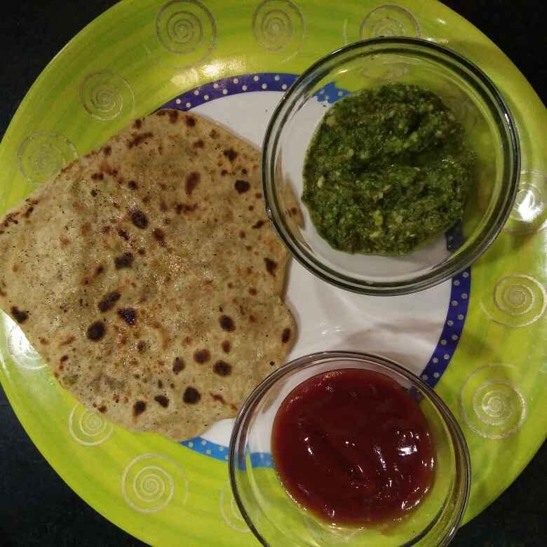 How to make Spring Onion and potato paratha