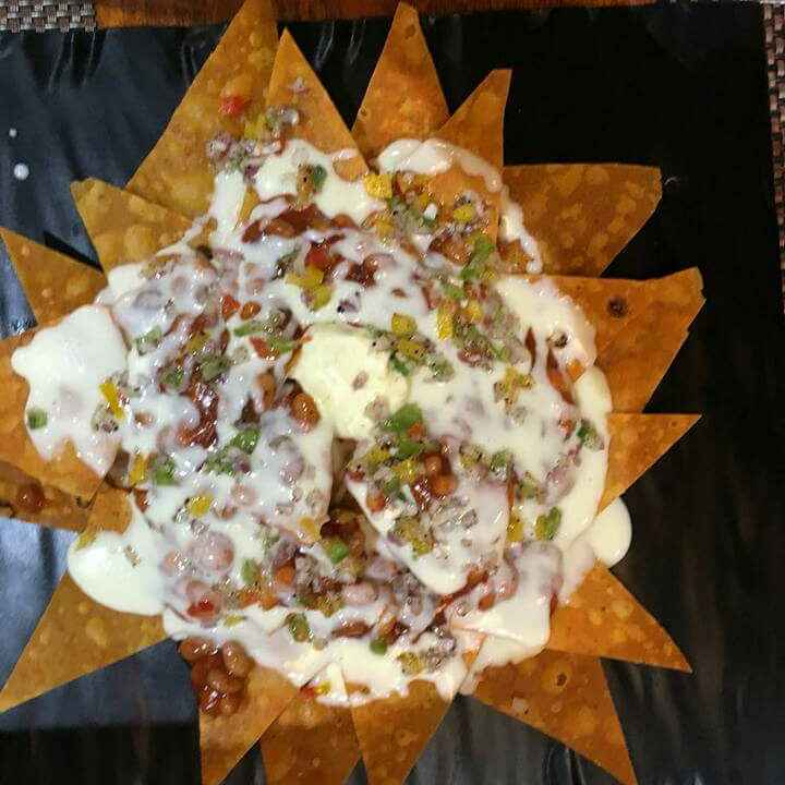 How to make Nachos with salsa