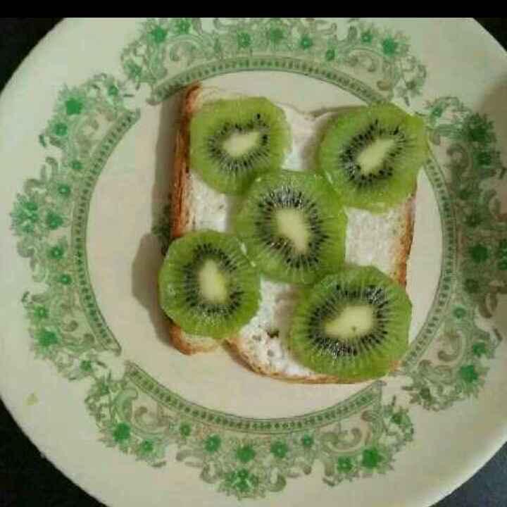 Photo of Kiwi sandwich by Aachal Jadeja at BetterButter