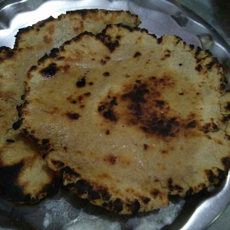 Photo of Bhakhri with butter by Aachal Jadeja at BetterButter