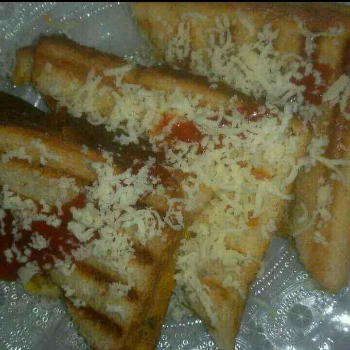 Photo of Potato masala cheese sandwich by Aachal Jadeja at BetterButter