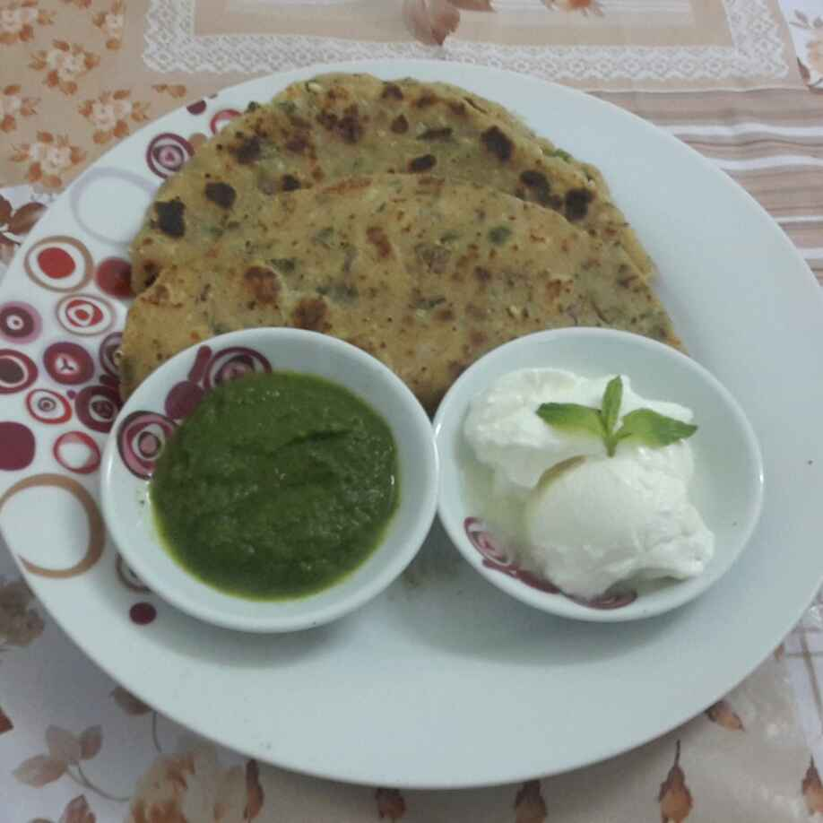 How to make Paneer Mint Paratha