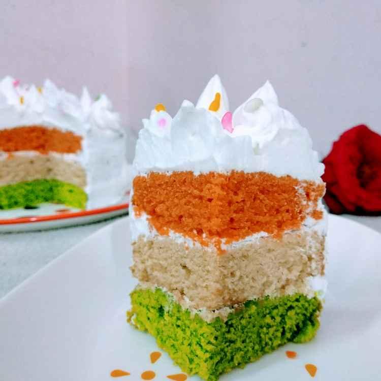 How to make तिरंगी केक अंडा रहित (बिना मैदा और बिना कोई कलर के)
