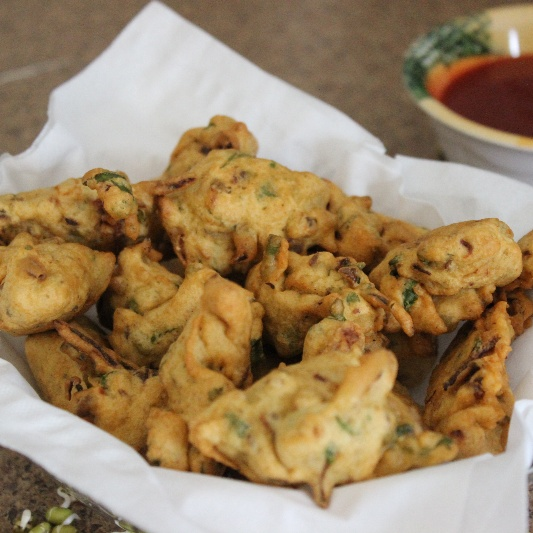 How to make Sprouted Moong and Onion Fritters