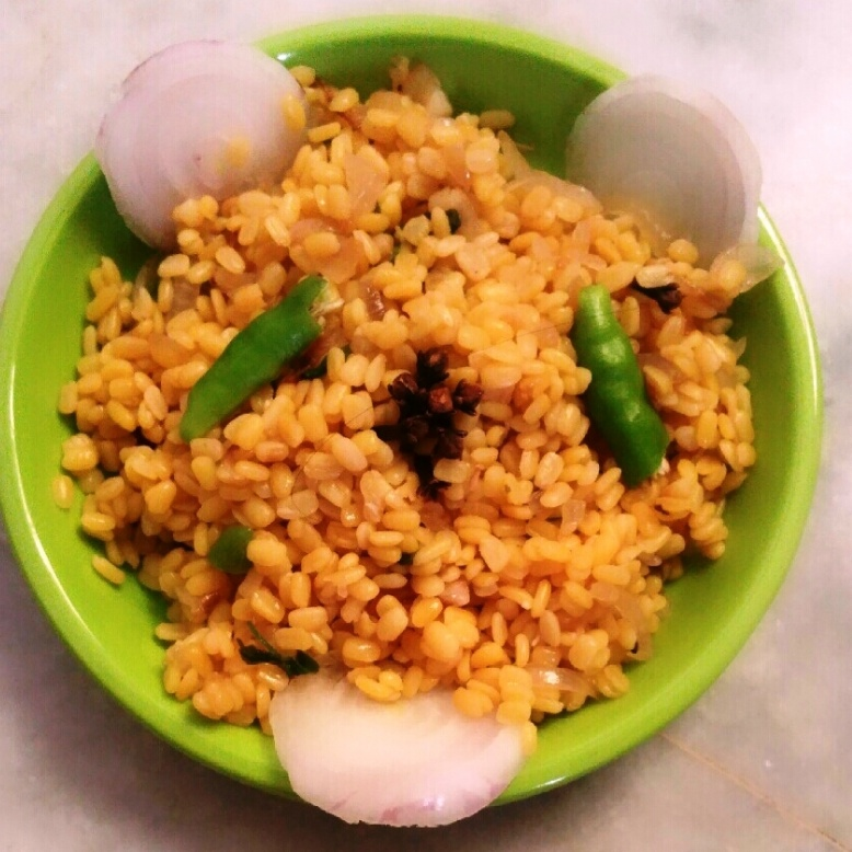 How to make Pesarapappu kura/ Yellow Moong dal dry curry