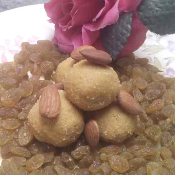 How to make Almond Besan Ladoo