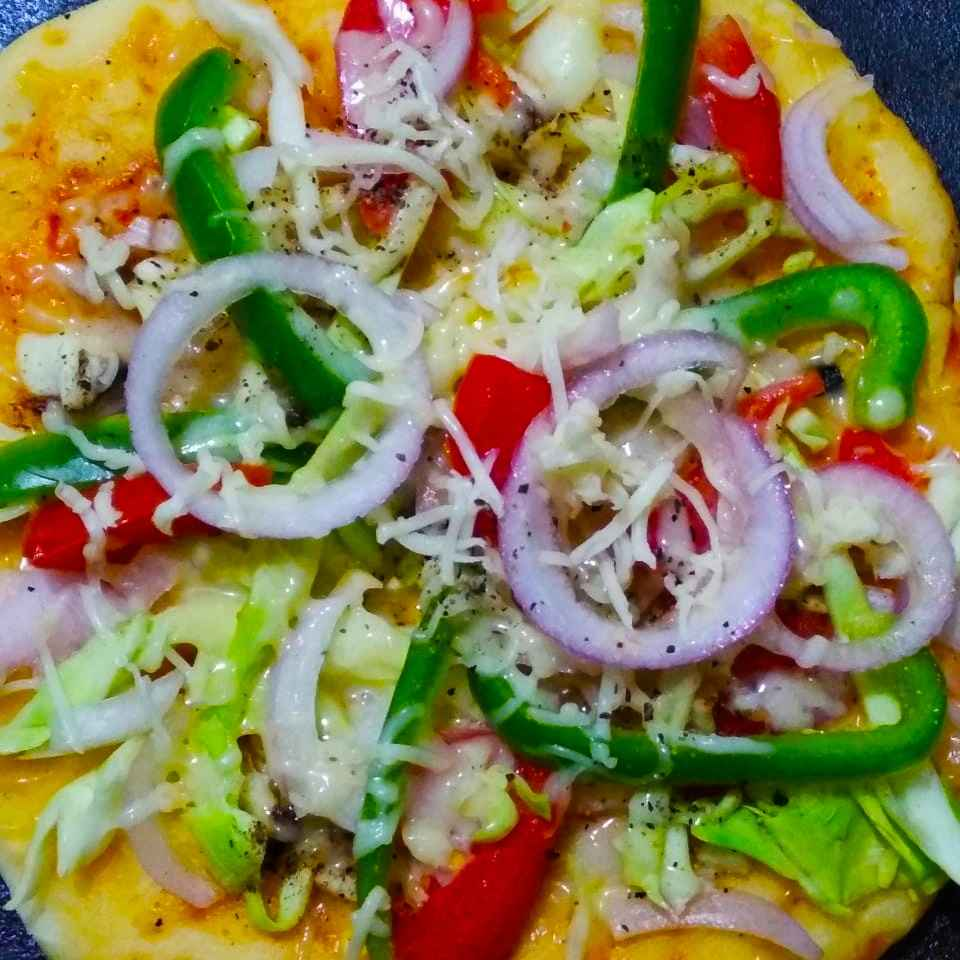 How to make Veg Cheese Pizza