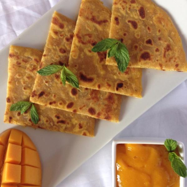 How to make आमरस के साथ आम का पराठा