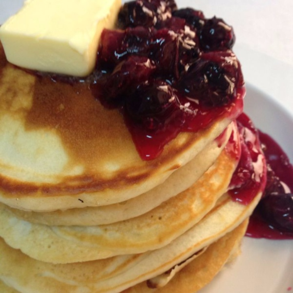How to make PANCAKE WITH BLUEBERRY SAUCE
