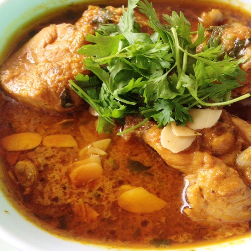 How to make Badami Murgh Korma