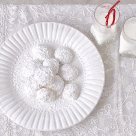 How to make Mexican Wedding Cookies
