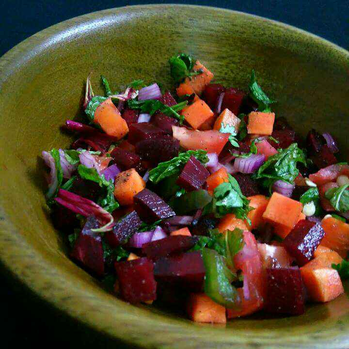 How to make Carrot And Beetroot Salad