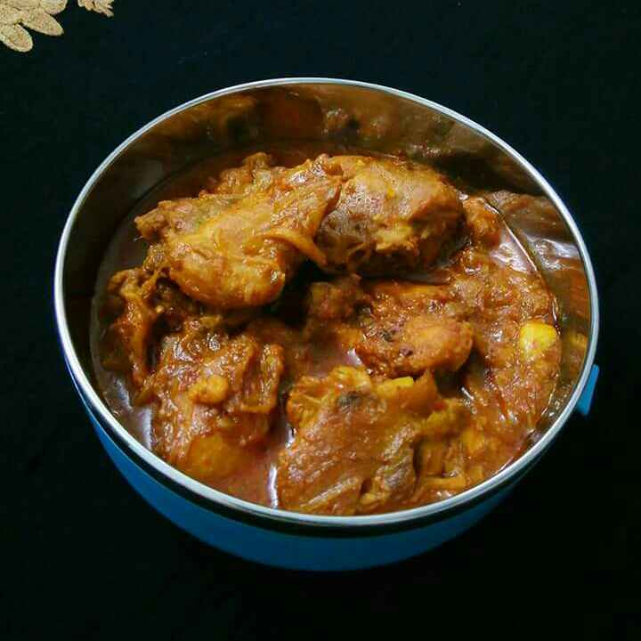 How to make Red Chicken Curry