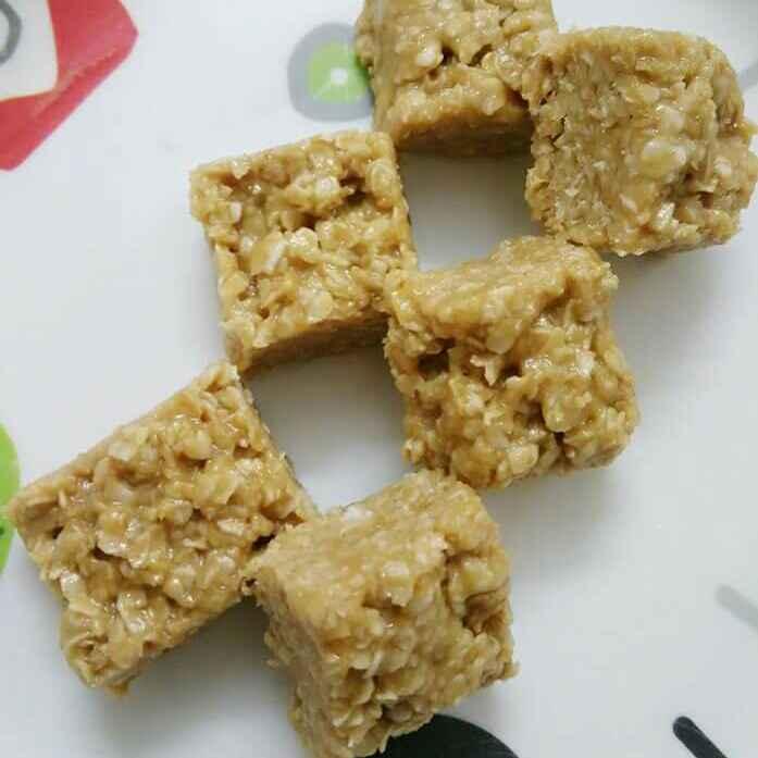 Photo of Peanut Butter Honey Oats Bar by Akum Jamir at BetterButter