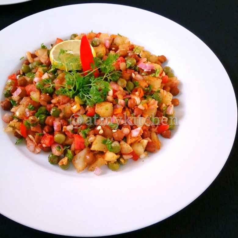 How to make Jhal Channa
