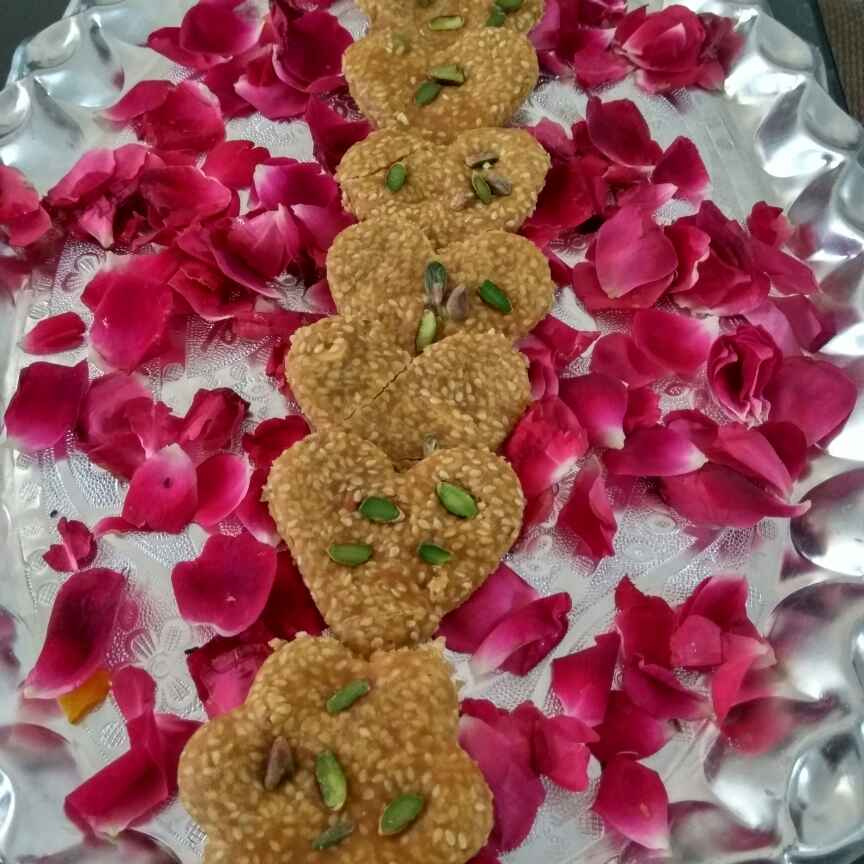 Photo of Rose flavour gud til chikki by Alka Munjal at BetterButter