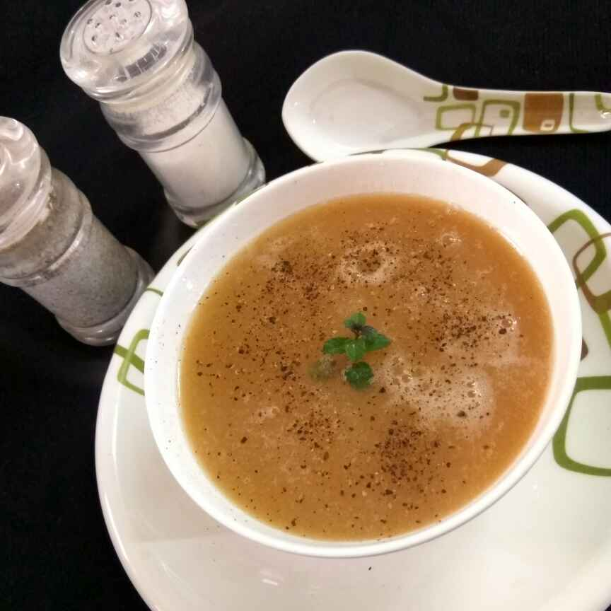 Photo of Bottle gourd soup by Alka Munjal at BetterButter