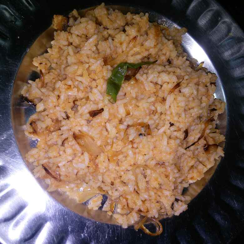 How to make Tasty fried rice from leftover rice