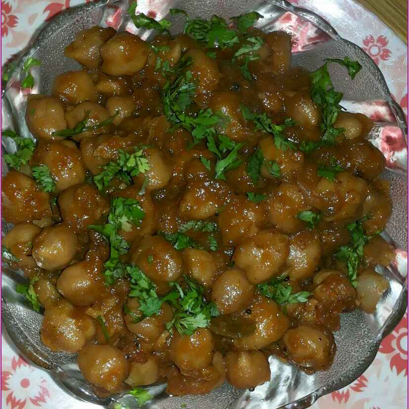 Photo of Chickpea Vindaloo (Spicy Chickpea Curry) by Ambica Gupta at BetterButter